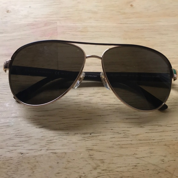 553b5e2ff0f Gucci Accessories - GUCCI SUNGLASSES